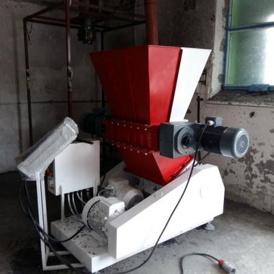Obrázok: SCHREDDER / BECHER PROFI 600 -doppelte Sektion (Grob und Feinzerkleinerung) 28 kW